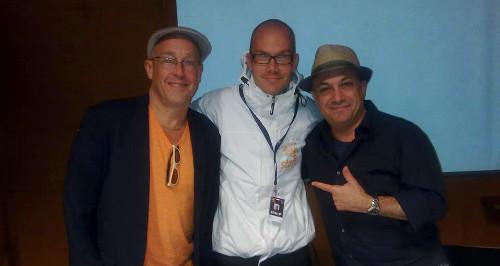 Kolme erilaista Jazztyöläistä, vasemmalta lukien: Muusikko Dave Douglas, allekirjoittanut ja taannoin Grammyn voittanut jazzmaailman moniottelija Ashley Kahn.